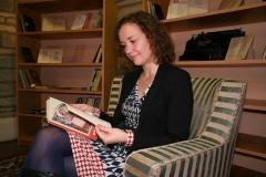 Rahvusraamatukogus jõulujutte lugemas